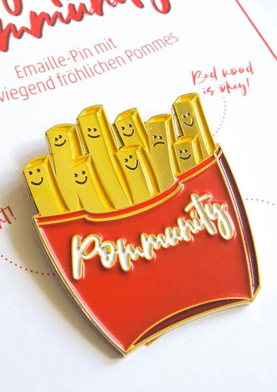 Pommes Pin Pommunity Brosche